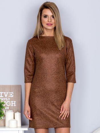 Marmurkowa sukienka brązowa