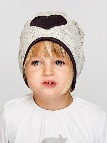Melanżowa czapka dziewczęca z naszywką serca szaro-czarna
