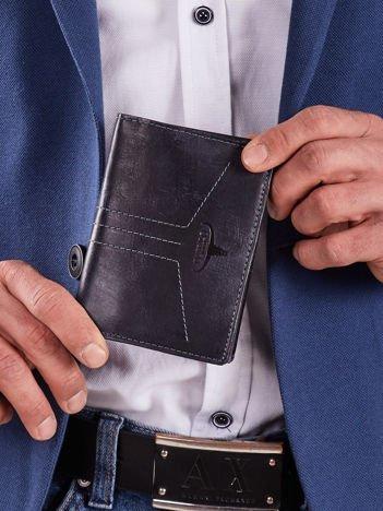 Męski skórzany portfel ciemnoniebieski