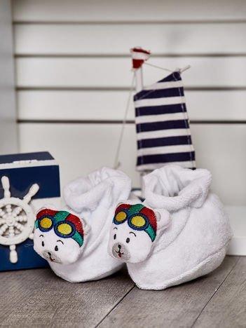 Miękkie buciki dziecięce z ozdobnym misiem białe