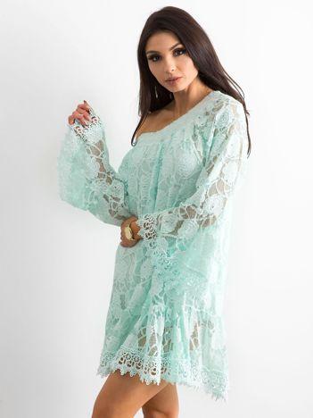 Miętowa sukienka hiszpanka z szerokimi rękawami