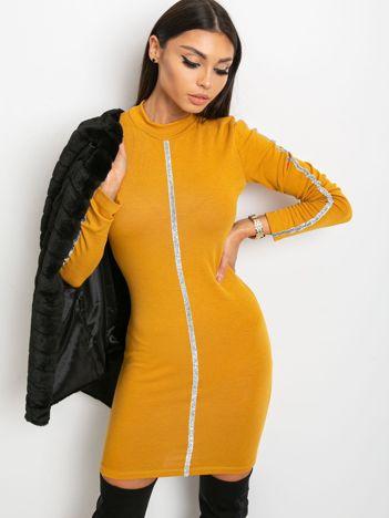 Musztardowa sukienka Monique