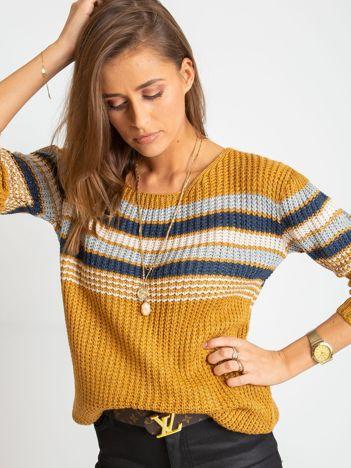 Musztardowy sweter Attitiude