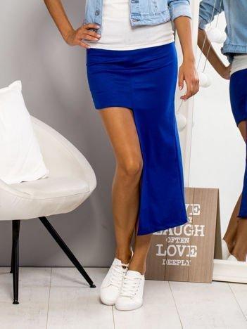 Niebieska asymetryczna spódnica