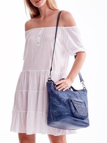 Niebieska ażurowa torba z plecioną kieszonką