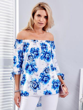 Niebieska bluzka hiszpańska w kwiaty