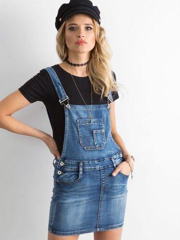 Niebieska jeansowa spódnica na szelkach