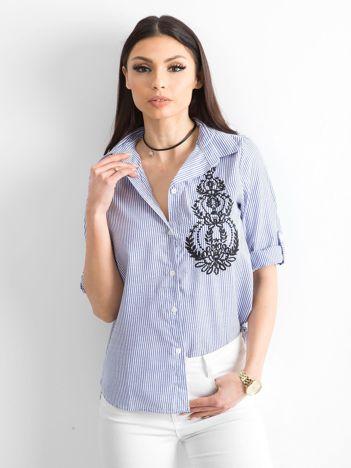 Niebieska koszula w paski z haftem