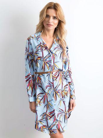 Niebieska sukienka szmizjerka z nadrukiem
