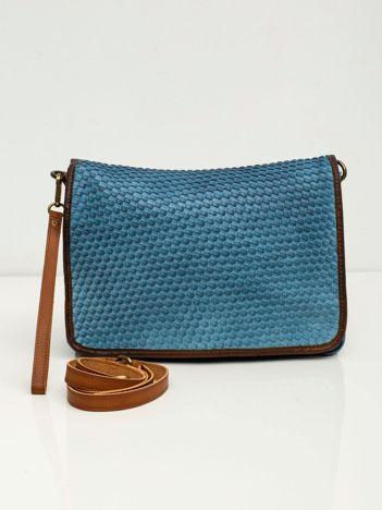Niebieska torba z klapką