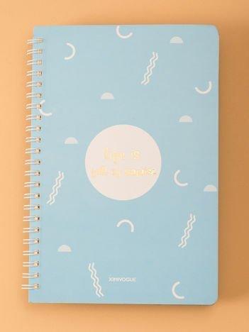 Niebieski notatnik we wzory