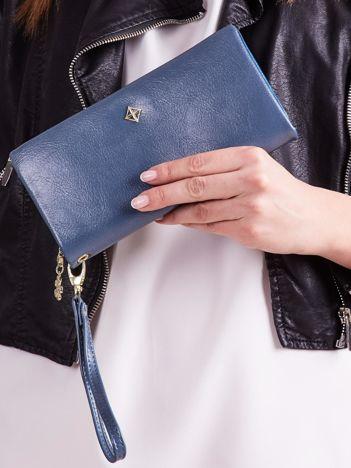 Niebieski podłużny portfel z uchwytem