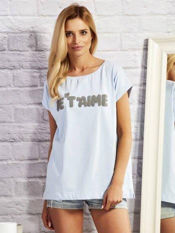 Niebieski t-shirt z napisem JE T'AIME