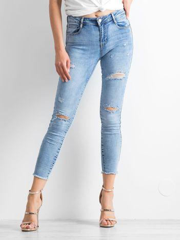 Niebieskie jeansy Attention