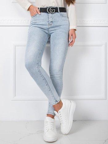 Niebieskie jeansy Kassidy