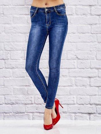 Niebieskie spodnie jeansowe regular