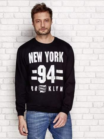 Ocieplana bluza męska z nadrukiem NEW YORK 94 czarna