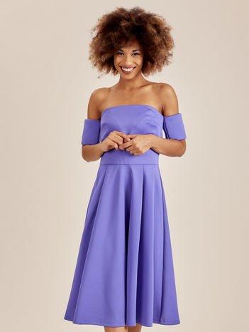 Odcinana sukienka koktajlowa off shoulder niebieska
