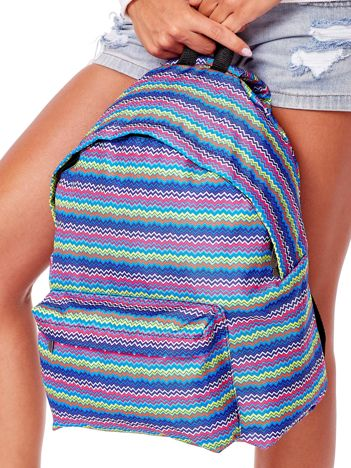 Plecak w kolorowe geometryczne wzory