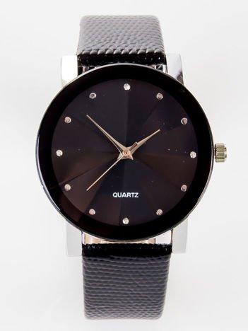 Retro czarny zegarek damski z cyrkoniami