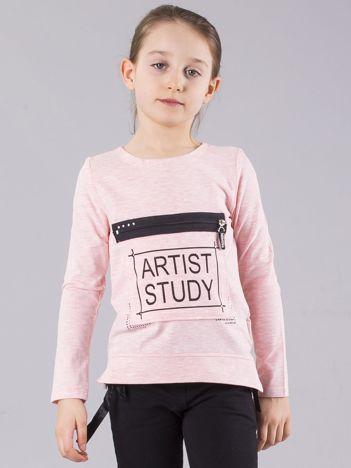 Różowa bluzka dziewczęca z nadrukiem i kieszenią