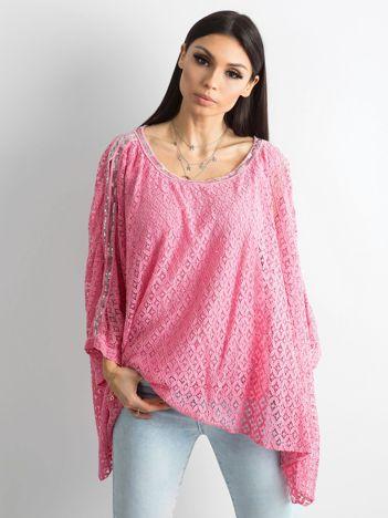 Różowa bluzka ponczo