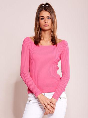 Różowa dopasowana bluzka prążkowana