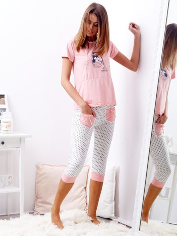 Różowa dwuczęściowa piżama w groszki
