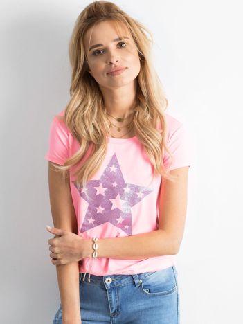 Różowa koszulka z gwiazdą