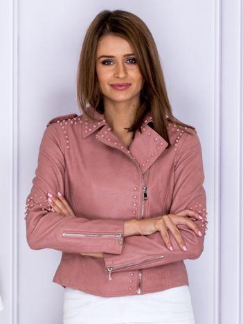 Różowa kurtka ramoneska z ćwiekami