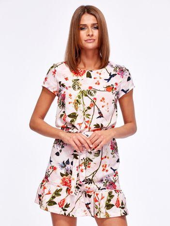 Różowa kwiatowa sukienka z paskiem