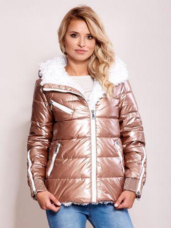 Różowa metaliczna pikowana kurtka