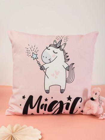 Różowa poduszka dekoracyjna z jednorożcem