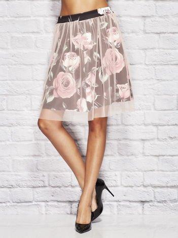 Różowa warstwowa spódnica w róże