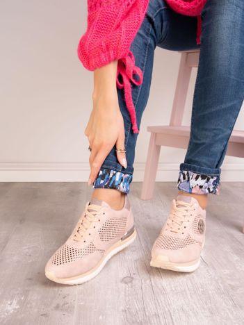 Różowe buty sportowe ACLYS z ażurowa cholewką