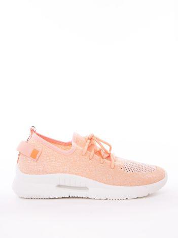 Różowe dzianinowe buty sportowe z poduszką powietrzną