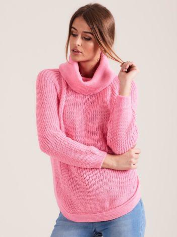 Różowy damski sweter golf