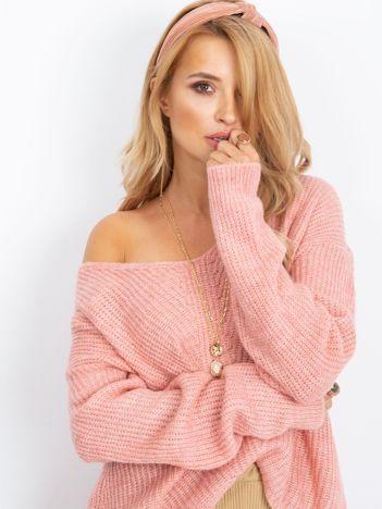 Różowy sweter Touch