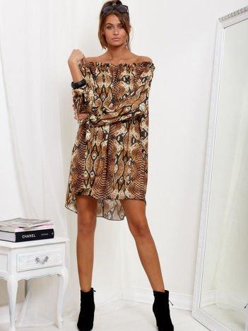 SCANDEZZA Brązowa sukienka hiszpanka oversize ze wzorem skóry węża