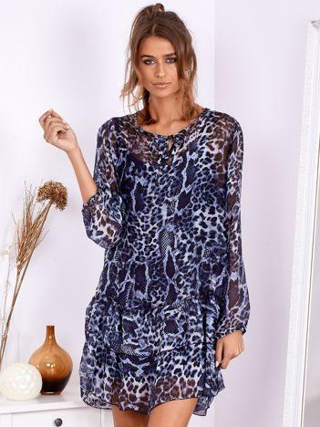 SCANDEZZA Ciemnoniebieska sukienka w panterkę z jedwabiem