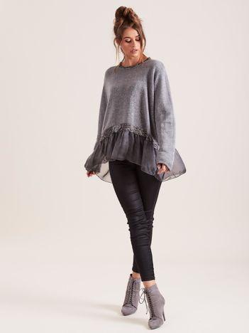 SCANDEZZA Szary sweter z błyszczącą nicią