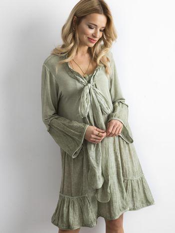 SCANDEZZA Zielona luźna sukienka z wiązaniem