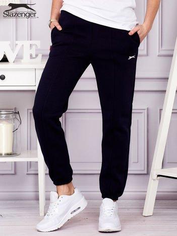 SLAZENGER Granatowe spodnie dresowe