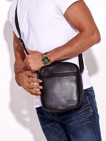 Skórzana czarna torba męska z regulowanym paskiem
