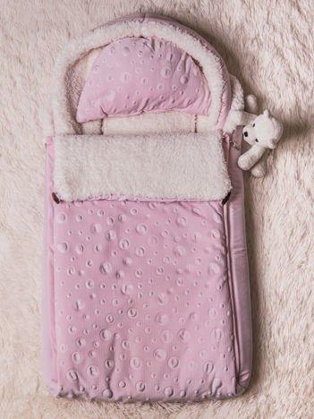 Śpiworek niemowlęcy do wózka lub łóżeczka z poduszeczką ocieplany na futerku różowy