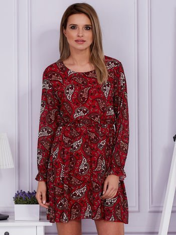 Sukienka ciemnoczerwona w roślinny deseń