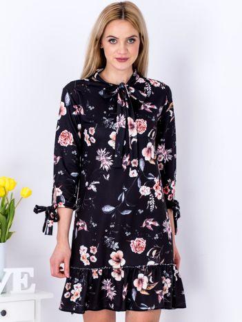Sukienka czarna kwiatowa z wiązaniem