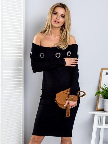 Sukienka damska czarna z szerokim kołnierzem