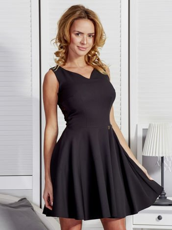 Sukienka damska z transparentną wstawką z tyłu czarna