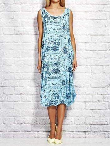 Sukienka letnia w etniczne wzory niebieska